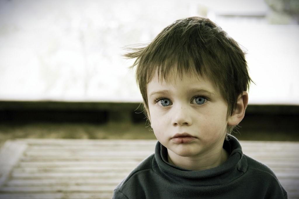 Мсаленький мальчик с большой писькой